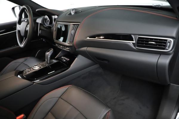 New 2021 Maserati Levante Q4 GranSport for sale $92,735 at Alfa Romeo of Greenwich in Greenwich CT 06830 22