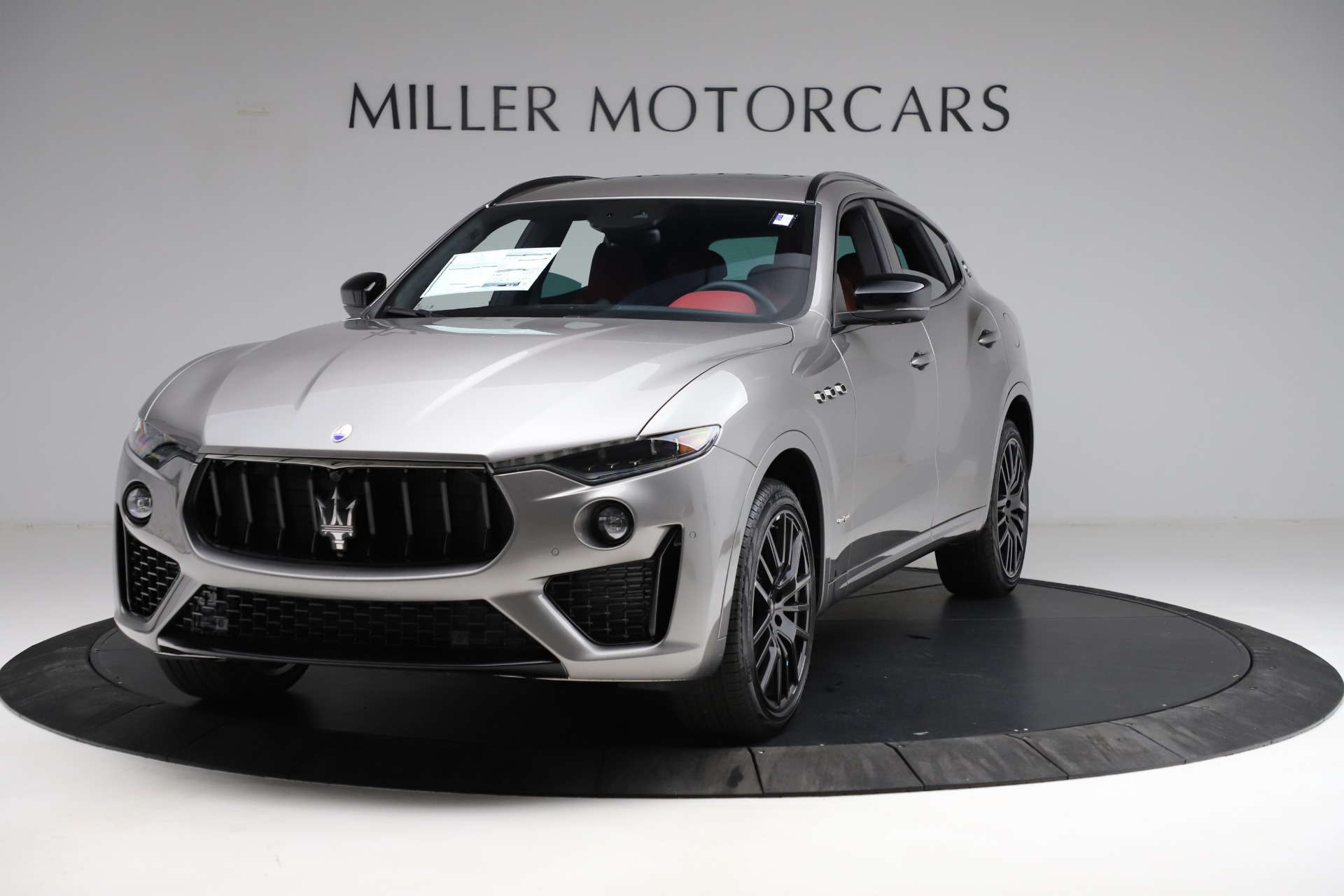 New 2021 Maserati Levante Q4 GranSport for sale $93,685 at Alfa Romeo of Greenwich in Greenwich CT 06830 1