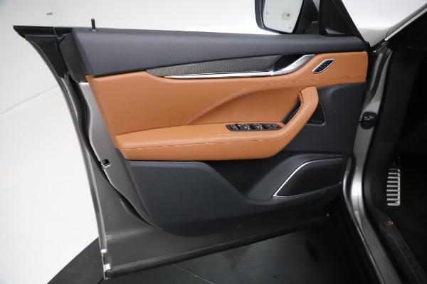 New 2021 Maserati Levante Q4 GranSport for sale $91,385 at Alfa Romeo of Greenwich in Greenwich CT 06830 18
