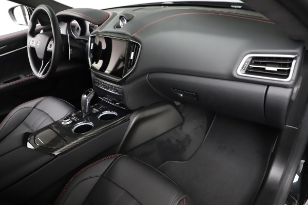 New 2021 Maserati Ghibli S Q4 GranSport for sale Sold at Alfa Romeo of Greenwich in Greenwich CT 06830 24