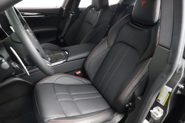 New 2021 Maserati Ghibli S Q4 GranSport for sale $100,635 at Alfa Romeo of Greenwich in Greenwich CT 06830 16