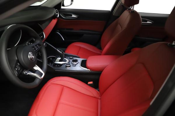 New 2021 Alfa Romeo Giulia Q4 for sale $48,535 at Alfa Romeo of Greenwich in Greenwich CT 06830 14