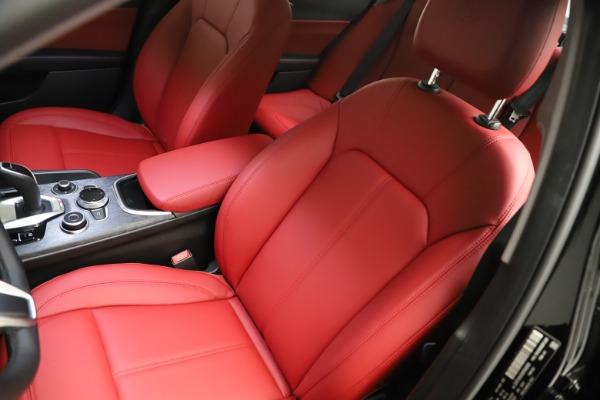 New 2021 Alfa Romeo Giulia Q4 for sale $48,535 at Alfa Romeo of Greenwich in Greenwich CT 06830 15