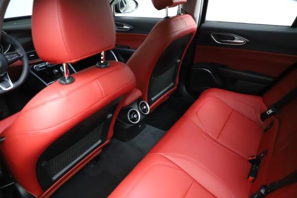 New 2021 Alfa Romeo Giulia Q4 for sale $48,535 at Alfa Romeo of Greenwich in Greenwich CT 06830 18