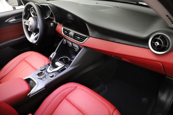 New 2021 Alfa Romeo Giulia Q4 for sale $48,535 at Alfa Romeo of Greenwich in Greenwich CT 06830 22