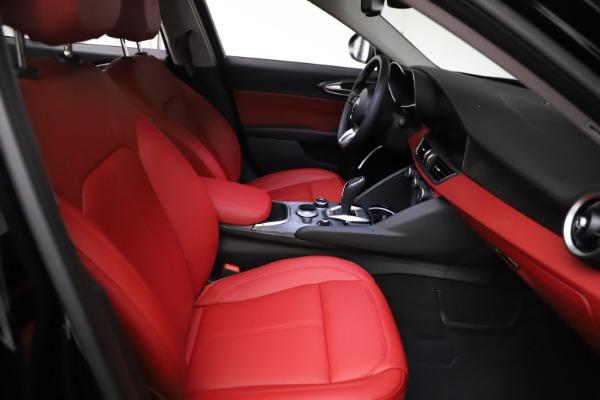 New 2021 Alfa Romeo Giulia Q4 for sale $48,535 at Alfa Romeo of Greenwich in Greenwich CT 06830 23