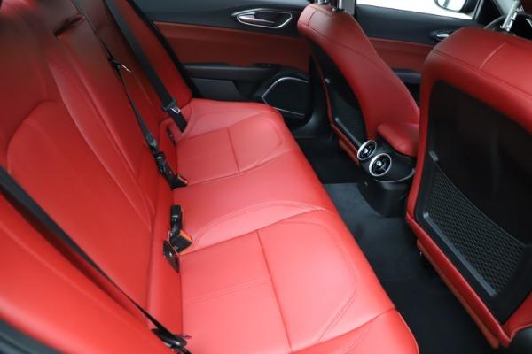 New 2021 Alfa Romeo Giulia Q4 for sale $48,535 at Alfa Romeo of Greenwich in Greenwich CT 06830 26