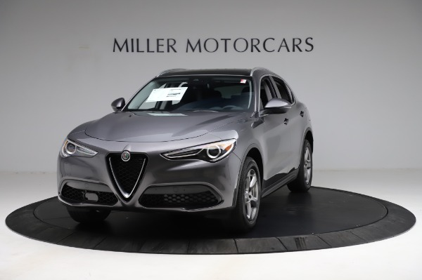 New 2021 Alfa Romeo Stelvio Q4 for sale $48,900 at Alfa Romeo of Greenwich in Greenwich CT 06830 1