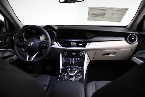 New 2021 Alfa Romeo Stelvio Q4 for sale $50,245 at Alfa Romeo of Greenwich in Greenwich CT 06830 16