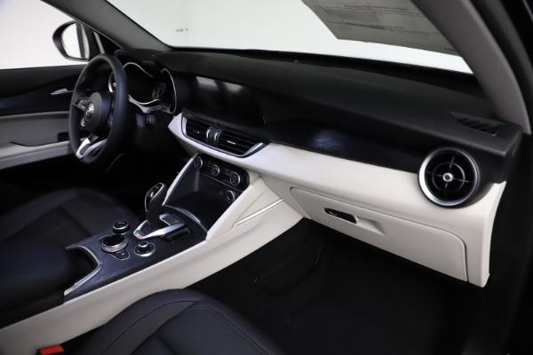 New 2021 Alfa Romeo Stelvio Q4 for sale $50,245 at Alfa Romeo of Greenwich in Greenwich CT 06830 22