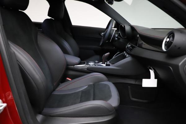 New 2021 Alfa Romeo Giulia Quadrifoglio for sale $83,740 at Alfa Romeo of Greenwich in Greenwich CT 06830 21