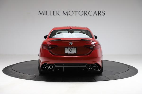New 2021 Alfa Romeo Giulia Quadrifoglio for sale $83,740 at Alfa Romeo of Greenwich in Greenwich CT 06830 4