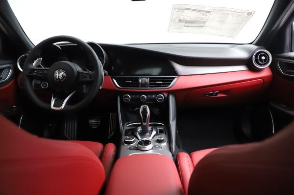 New 2021 Alfa Romeo Giulia Ti Sport for sale $54,050 at Alfa Romeo of Greenwich in Greenwich CT 06830 15