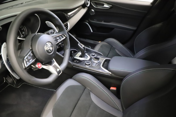 New 2021 Alfa Romeo Giulia Quadrifoglio for sale $83,200 at Alfa Romeo of Greenwich in Greenwich CT 06830 12