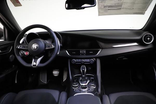 New 2021 Alfa Romeo Giulia Quadrifoglio for sale $83,200 at Alfa Romeo of Greenwich in Greenwich CT 06830 15