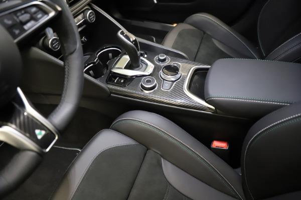 New 2021 Alfa Romeo Giulia Quadrifoglio for sale $83,200 at Alfa Romeo of Greenwich in Greenwich CT 06830 26