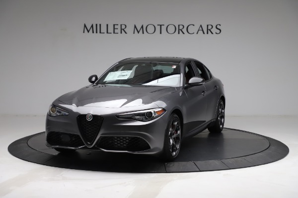 New 2021 Alfa Romeo Giulia Ti Sport for sale $54,050 at Alfa Romeo of Greenwich in Greenwich CT 06830 1