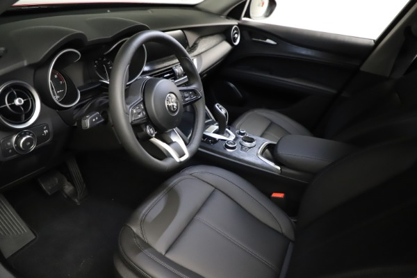 New 2021 Alfa Romeo Stelvio Sprint for sale $50,535 at Alfa Romeo of Greenwich in Greenwich CT 06830 14