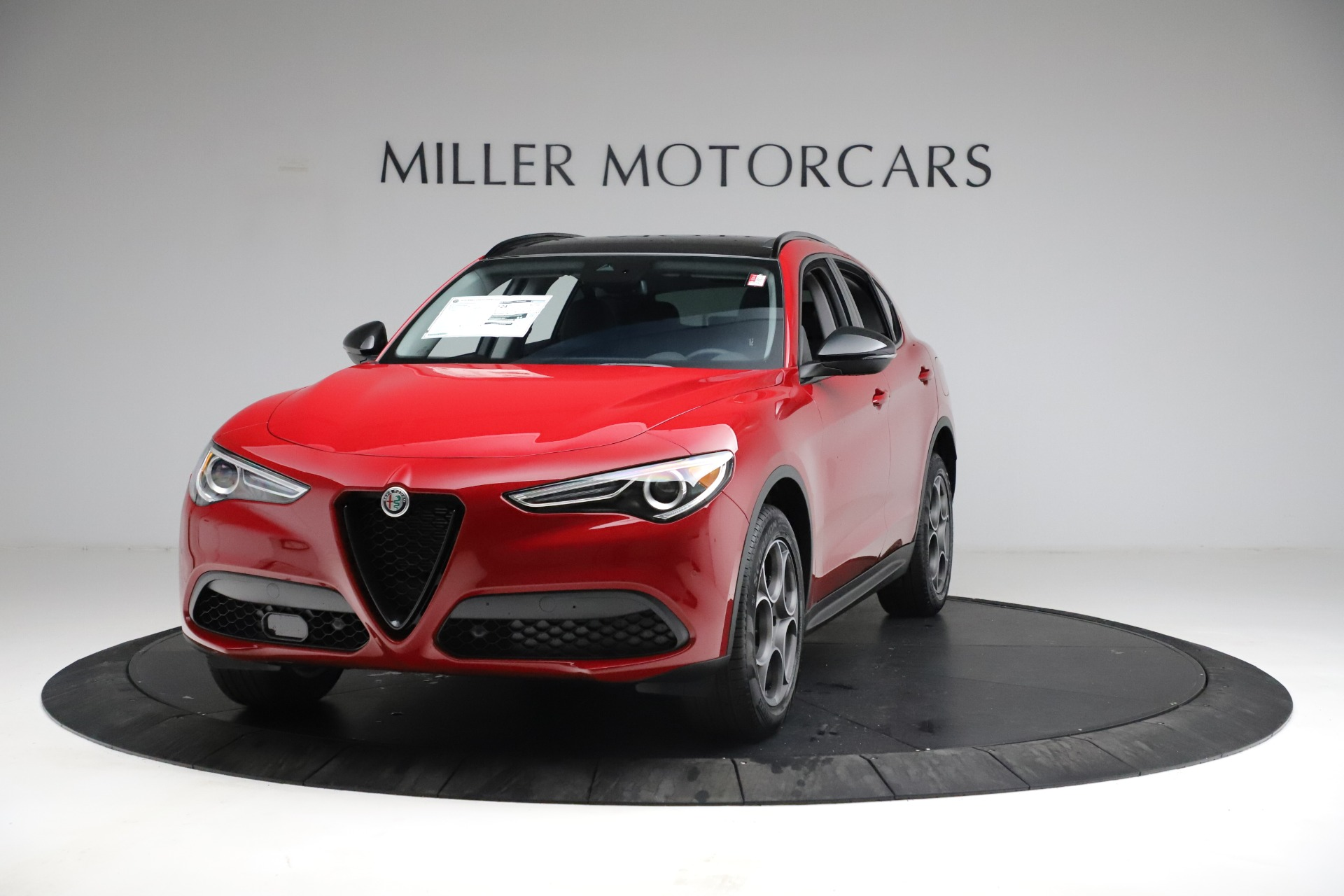 New 2021 Alfa Romeo Stelvio Sprint for sale $50,535 at Alfa Romeo of Greenwich in Greenwich CT 06830 1