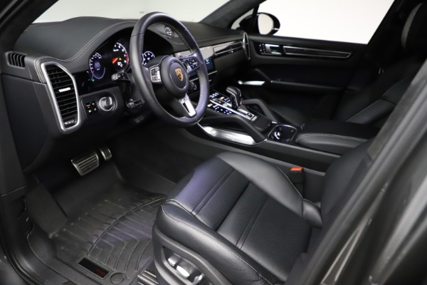 Used 2020 Porsche Cayenne Turbo for sale $145,900 at Alfa Romeo of Greenwich in Greenwich CT 06830 18