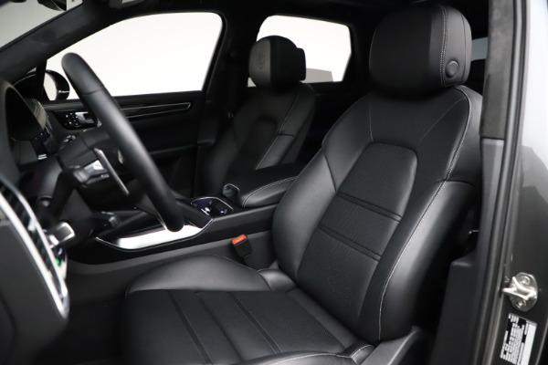 Used 2020 Porsche Cayenne Turbo for sale $145,900 at Alfa Romeo of Greenwich in Greenwich CT 06830 20