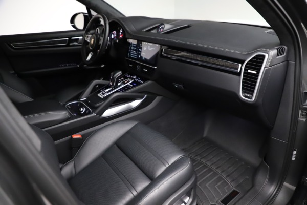 Used 2020 Porsche Cayenne Turbo for sale $145,900 at Alfa Romeo of Greenwich in Greenwich CT 06830 22