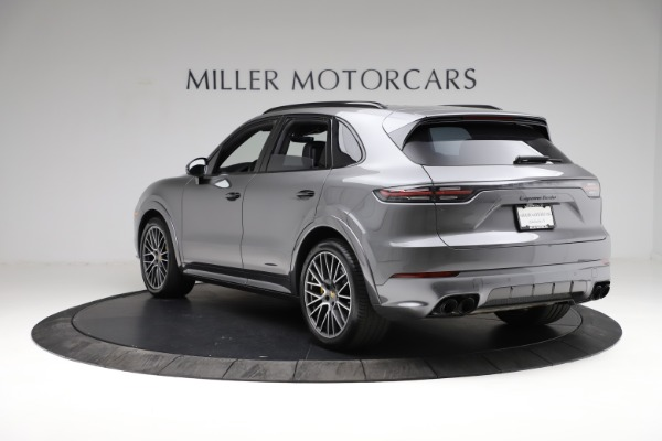 Used 2020 Porsche Cayenne Turbo for sale $145,900 at Alfa Romeo of Greenwich in Greenwich CT 06830 5