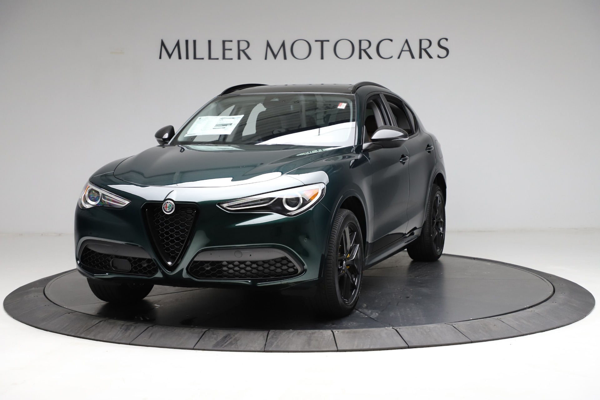 New 2021 Alfa Romeo Stelvio Ti for sale $53,650 at Alfa Romeo of Greenwich in Greenwich CT 06830 1