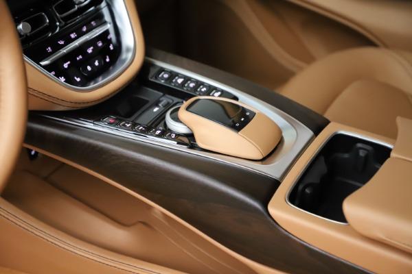 New 2021 Aston Martin DBX for sale $211,486 at Alfa Romeo of Greenwich in Greenwich CT 06830 17