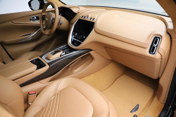 New 2021 Aston Martin DBX for sale $211,486 at Alfa Romeo of Greenwich in Greenwich CT 06830 22