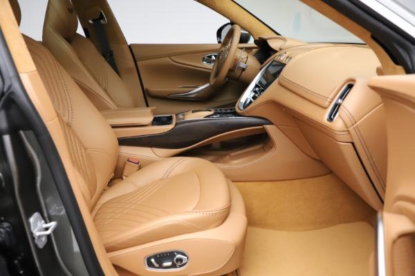 New 2021 Aston Martin DBX for sale $211,486 at Alfa Romeo of Greenwich in Greenwich CT 06830 23