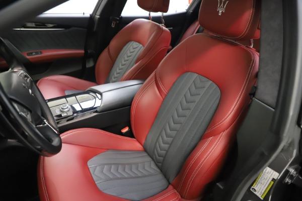 Used 2018 Maserati Ghibli SQ4 GranLusso for sale $55,900 at Alfa Romeo of Greenwich in Greenwich CT 06830 10