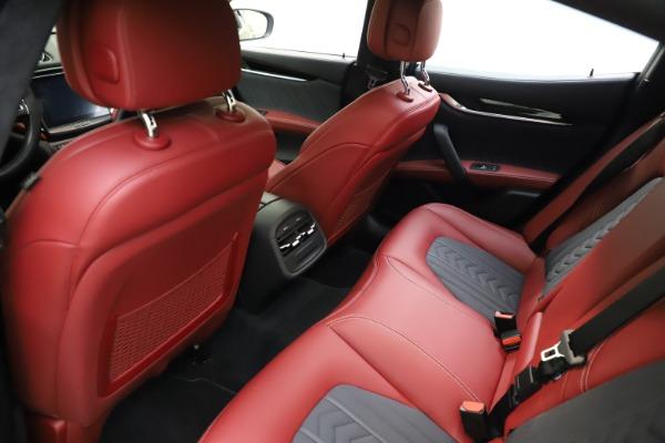 Used 2018 Maserati Ghibli SQ4 GranLusso for sale $55,900 at Alfa Romeo of Greenwich in Greenwich CT 06830 13