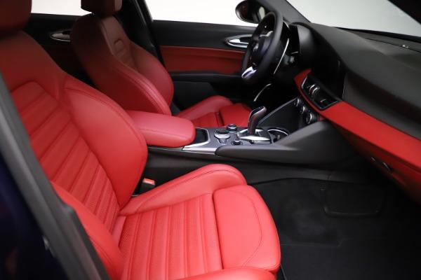 New 2021 Alfa Romeo Giulia Ti Sport for sale $54,050 at Alfa Romeo of Greenwich in Greenwich CT 06830 20