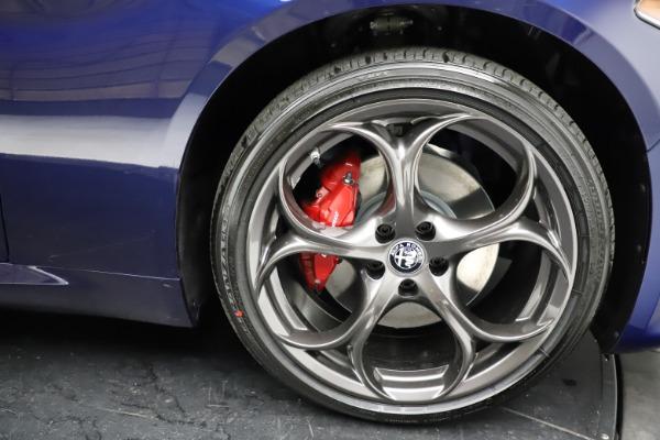 New 2021 Alfa Romeo Giulia Ti Sport for sale $54,050 at Alfa Romeo of Greenwich in Greenwich CT 06830 27