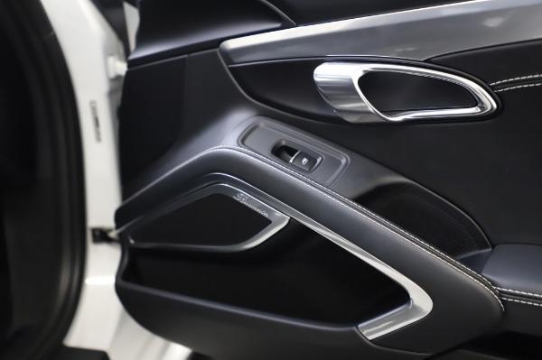 Used 2018 Porsche 911 Turbo for sale $159,990 at Alfa Romeo of Greenwich in Greenwich CT 06830 28