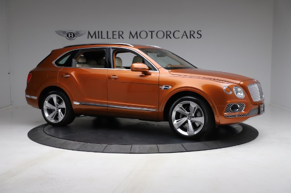 Used 2018 Bentley Bentayga Onyx Edition for sale $149,900 at Alfa Romeo of Greenwich in Greenwich CT 06830 10