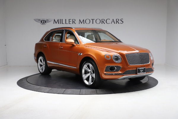 Used 2018 Bentley Bentayga Onyx Edition for sale $149,900 at Alfa Romeo of Greenwich in Greenwich CT 06830 11