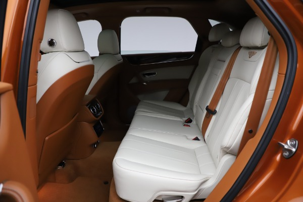 Used 2018 Bentley Bentayga Onyx Edition for sale $149,900 at Alfa Romeo of Greenwich in Greenwich CT 06830 22
