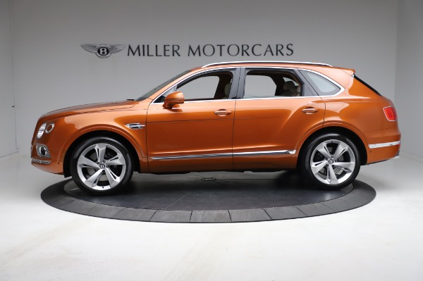 Used 2018 Bentley Bentayga Onyx Edition for sale $149,900 at Alfa Romeo of Greenwich in Greenwich CT 06830 3