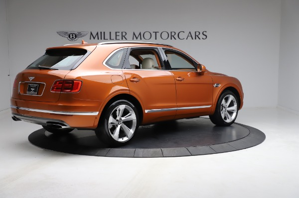 Used 2018 Bentley Bentayga Onyx Edition for sale $149,900 at Alfa Romeo of Greenwich in Greenwich CT 06830 8