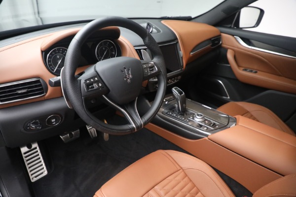 New 2021 Maserati Levante S Q4 GranSport for sale Call for price at Alfa Romeo of Greenwich in Greenwich CT 06830 15