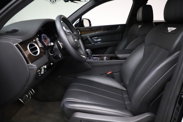 Used 2018 Bentley Bentayga Onyx Edition for sale $149,900 at Alfa Romeo of Greenwich in Greenwich CT 06830 18