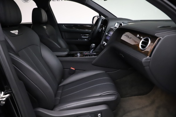 Used 2018 Bentley Bentayga Onyx Edition for sale $149,900 at Alfa Romeo of Greenwich in Greenwich CT 06830 26