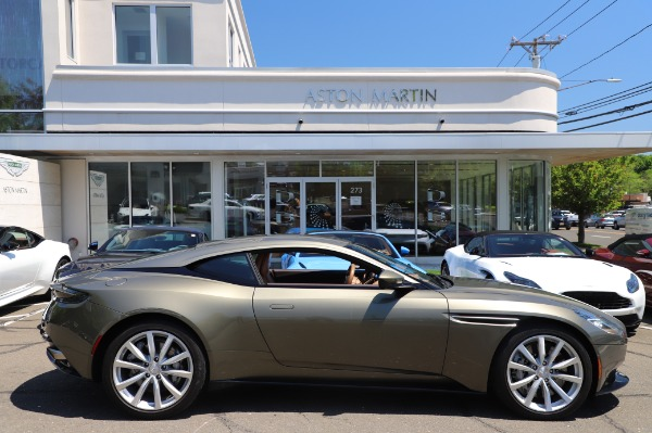 Used 2018 Aston Martin DB11 V8 for sale $151,900 at Alfa Romeo of Greenwich in Greenwich CT 06830 22