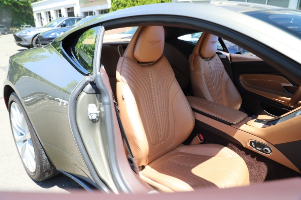 Used 2018 Aston Martin DB11 V8 for sale $151,900 at Alfa Romeo of Greenwich in Greenwich CT 06830 23