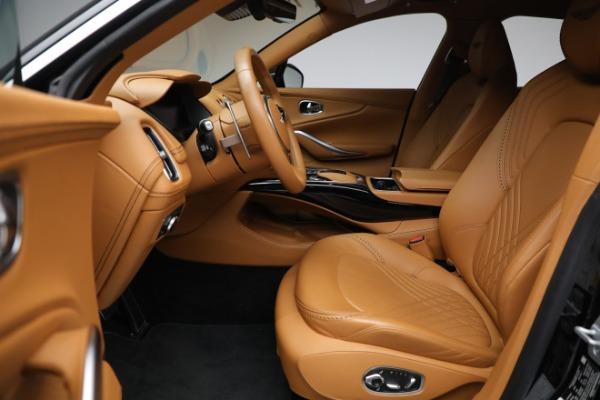 New 2021 Aston Martin DBX for sale $207,886 at Alfa Romeo of Greenwich in Greenwich CT 06830 14