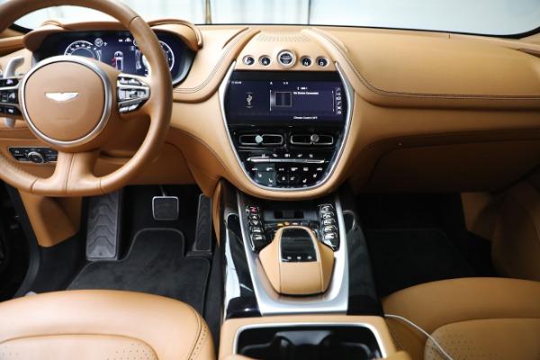New 2021 Aston Martin DBX for sale $207,886 at Alfa Romeo of Greenwich in Greenwich CT 06830 19