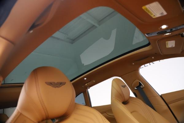 New 2021 Aston Martin DBX for sale $207,886 at Alfa Romeo of Greenwich in Greenwich CT 06830 22