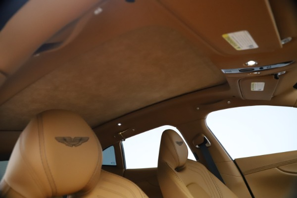 New 2021 Aston Martin DBX for sale $207,886 at Alfa Romeo of Greenwich in Greenwich CT 06830 23